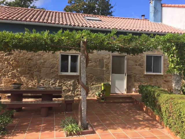 Casa de Lagarellos. Petfriendly.  VUT-PO 0001161