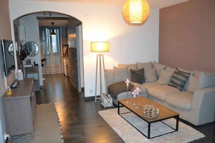 Appartement cosy très spacieux - Saint-Victoret - Departamento