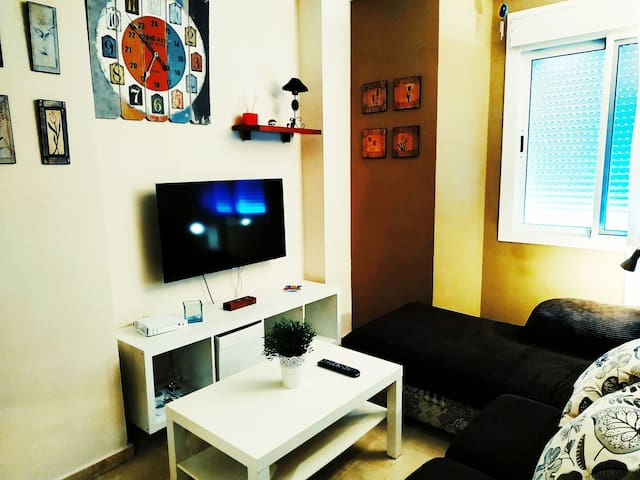 Apartamento con  Wifi y plaza de Garaje