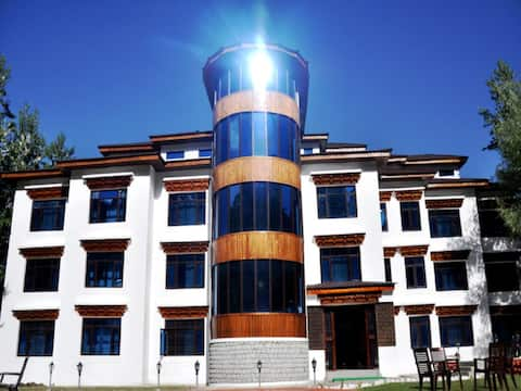 TIH- The Highland Mountain luxury Resort & Spa