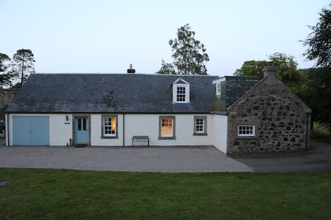 Wonderfully secluded and spacious cottage.