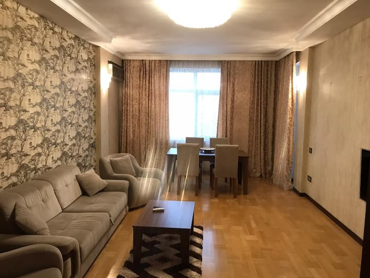 2 bedroom apartment near Narimanov metro