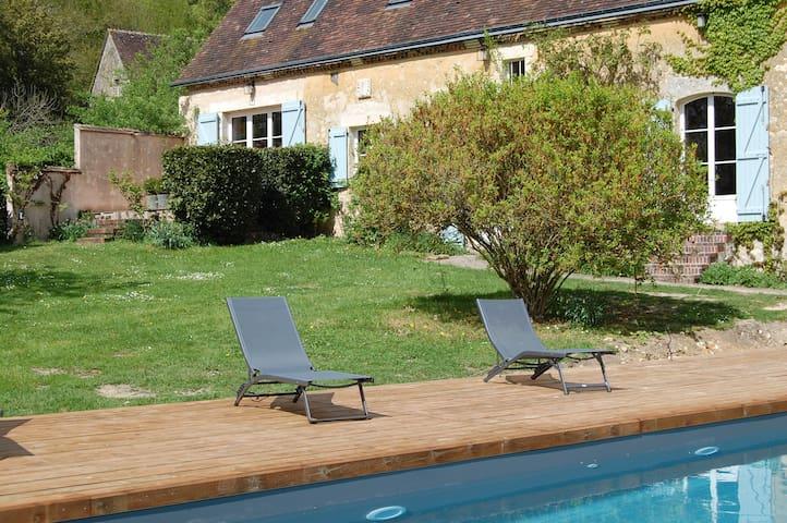 Charmante longère avec piscine chauffée - Gémages - Maison