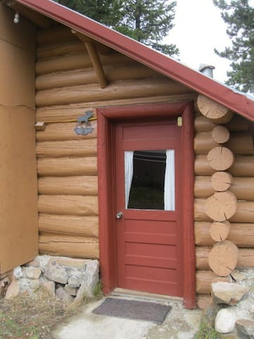 Studio historical mountain cabin - Cooke City-Silver Gate - Hytte