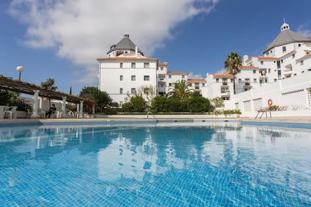 1 Bedroom apartment with pool, 10min from Marina - Quarteira