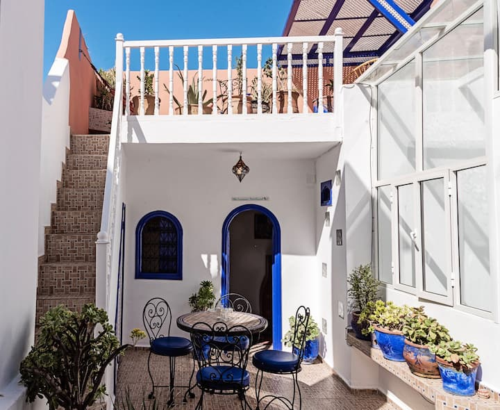 NEW: Romantic stylish artist's house in the medina