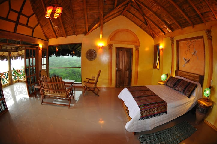 Eco-lodging: Majestic View