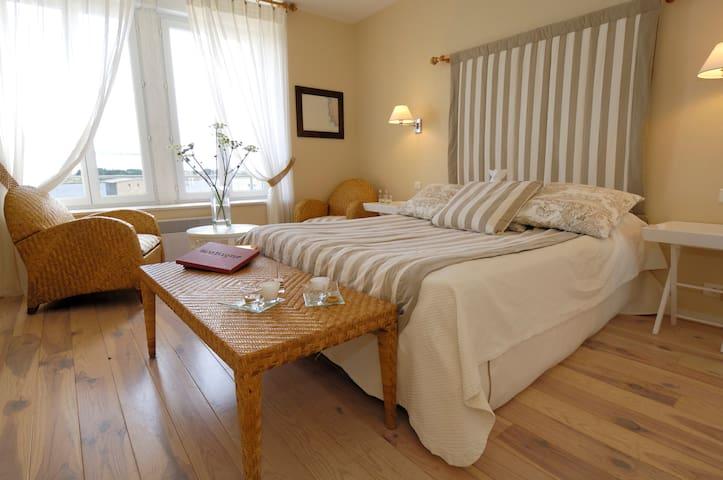 Appartement lumineux et superbe vue mer - Landéda - Flat