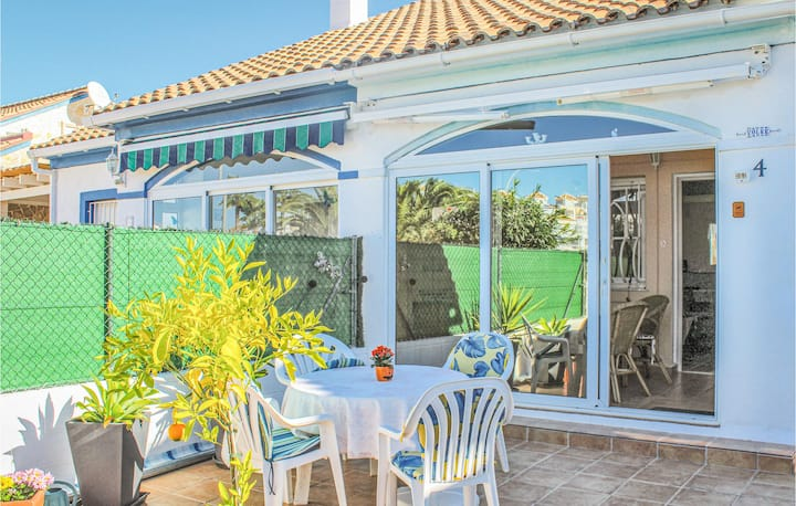 Semi-Detached with 2 bedrooms on 100m² in El Verger
