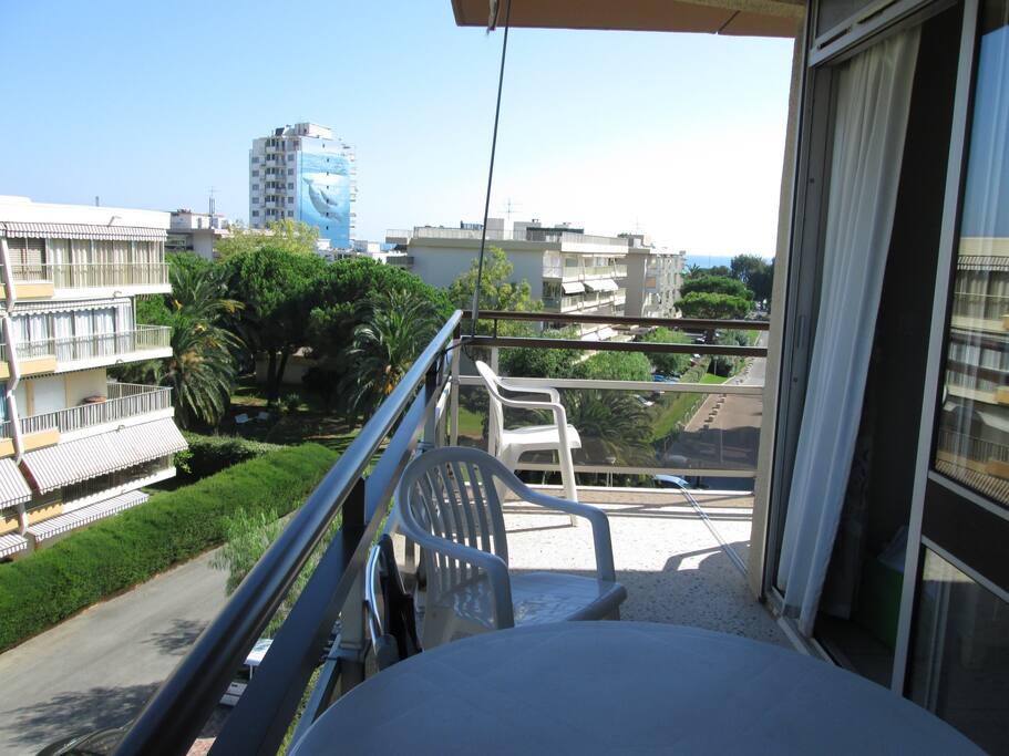dal balcone vista mare