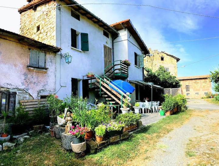 Casa agreste sulla Valle del torrente Tassobbio