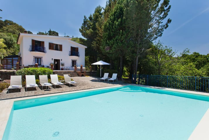Villa Rocca - Holiday Rental with swimming pool in Cefalù, Sicily