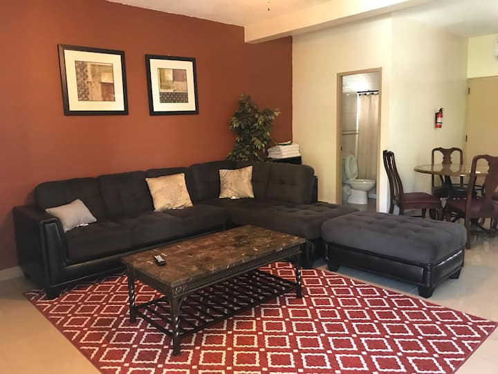 2BR/1Bath FREE WIFI/PARKING TUMON