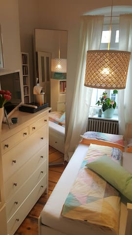 Cosy room top located in Berlin Mitte - Berlim - Apartamento
