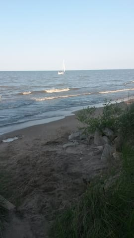 RNC beachfront rental - Cedar Point Road - Sandusky - Talo
