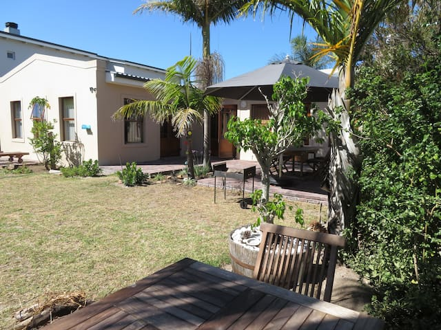 The Palm Tree:  your paradise in Onrus/Hermanus