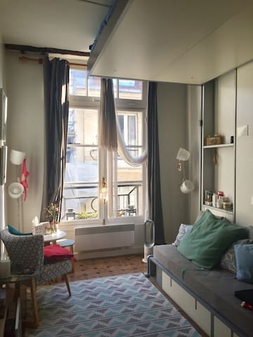 Cozy Parisian Studio on Île Saint-Louis - Parijs - Appartement