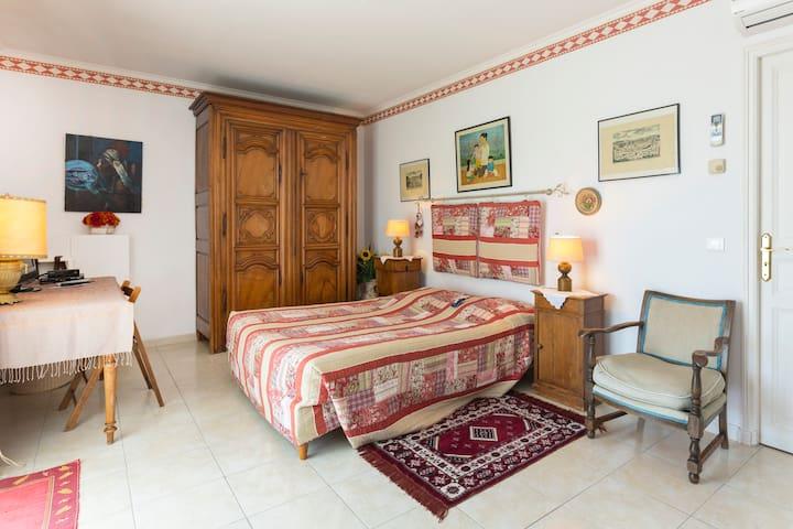 Chambre plein sud vue sur Ventoux - Vaison-la-Romaine - Bed & Breakfast