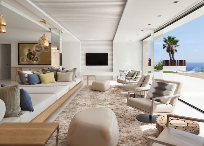 Luxury Villa Amy  w Pool,Wifi,Parking - Palma - Huis