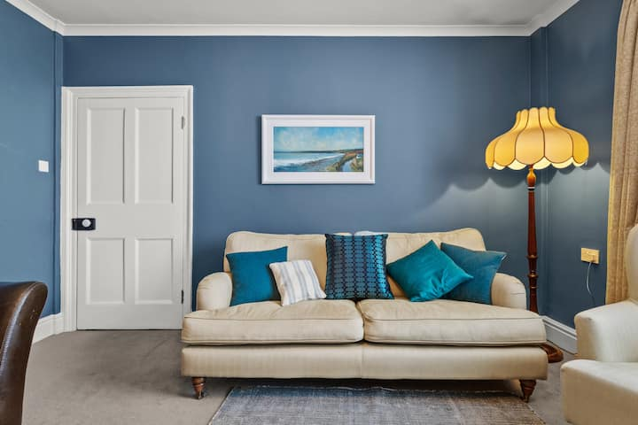 New Cross House - 5 star holiday home in St Davids