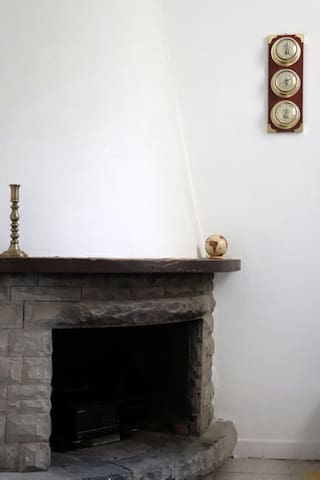 Unique room with fireplace for 2 in the centre