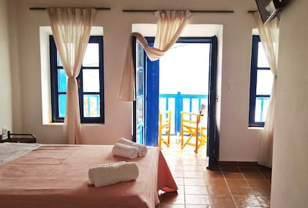 CASTELLO - Double Room with Balcony  (3) - Plaka