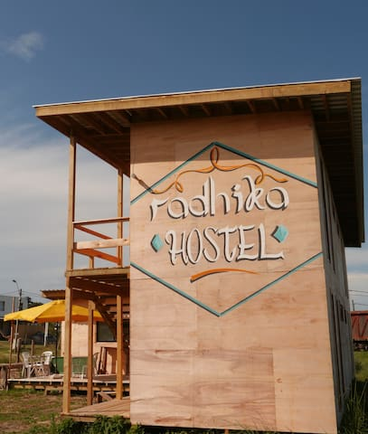 Radhika Hostel, Punta Rubia, al lado de La Pedrera