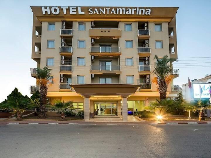 SANTA MARINA HOTEL STANDARD ROOM
