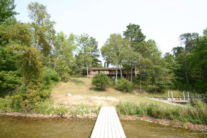 Beautiful And Private Lake Home On Birch Lake