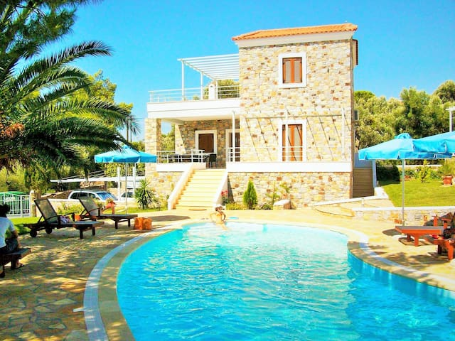 Mytilini Island Beachfront Houses Sleeps 4 - Lesbos Prefecture