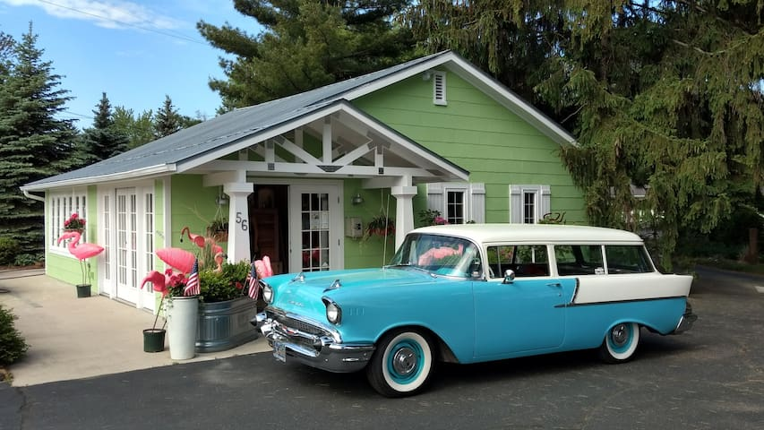 Retro lodging with Award-Winning Renovations!