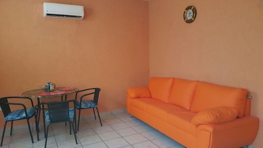 Nice room in puerto morelos. - Puerto Morelos - Dom