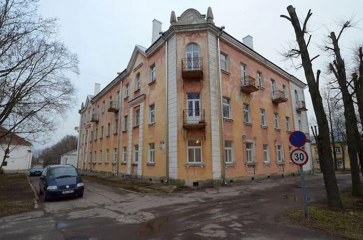 3х комнатная квартира в центре Нарвы - Narva - Departamento