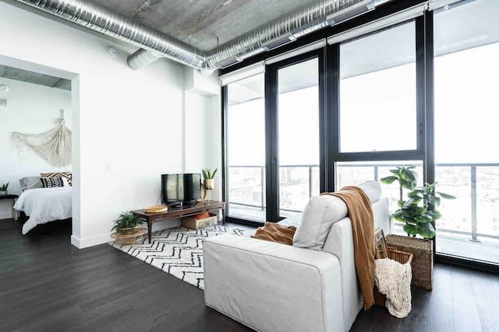•InstaWorthy Views |Modern Building|+Ace Location•