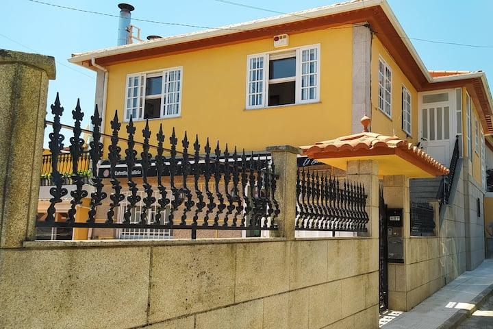 Casa con terraza cercana a la playa