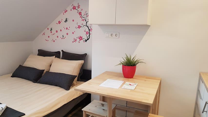 ★Cozy studio | city centre  | quiet area★