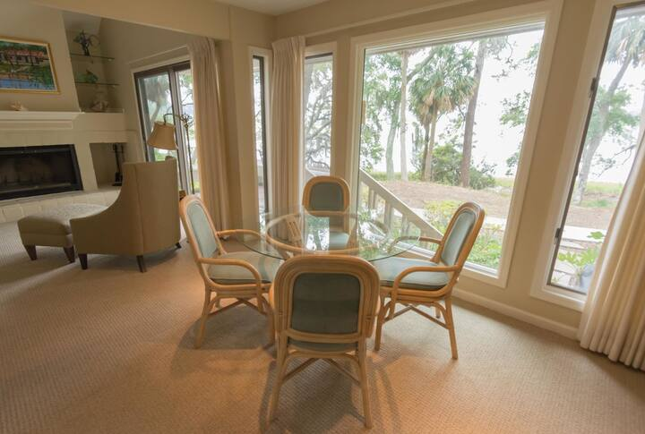 Two Bedroom Bluff Villa Just Steps to Dataw Amenities!!