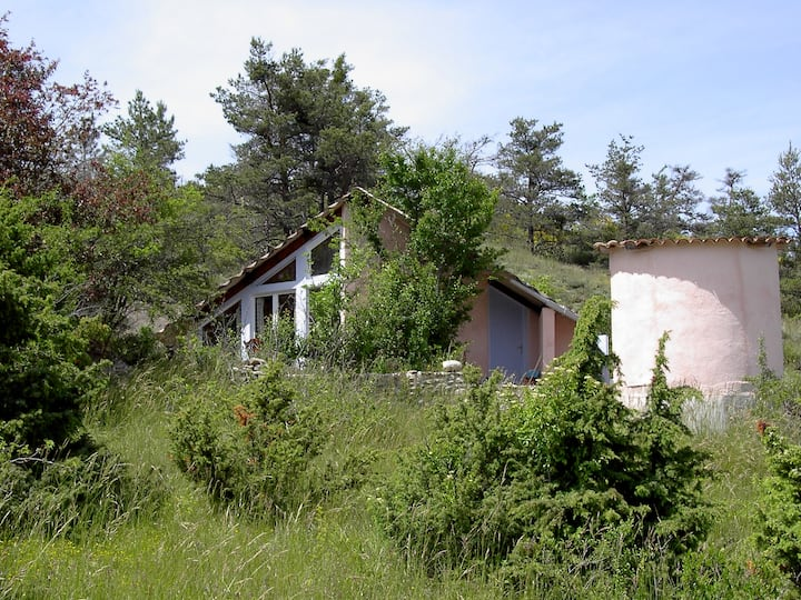 Maison insolite à la campagne