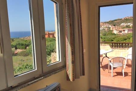 Wonderful vista unspoiled Sardinia - Isola Rossa - Apartemen