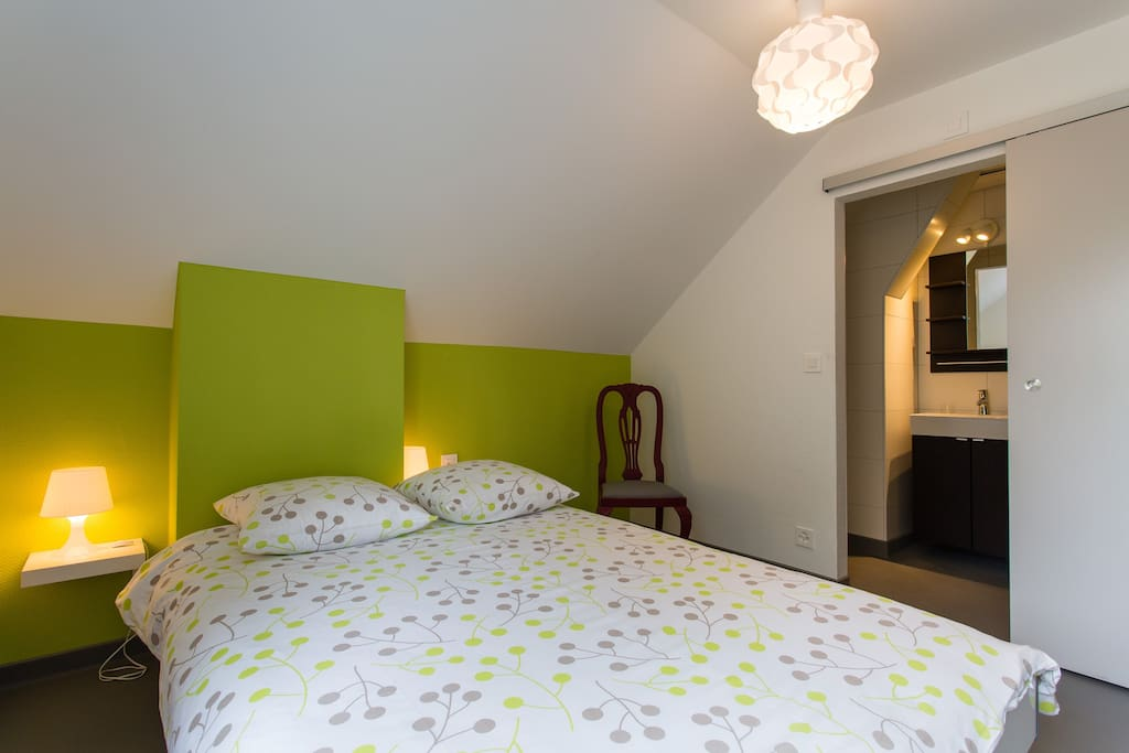 chambre bussigny pr s lausanne 6 h tels louer bussigny pr s lausanne vaud suisse. Black Bedroom Furniture Sets. Home Design Ideas