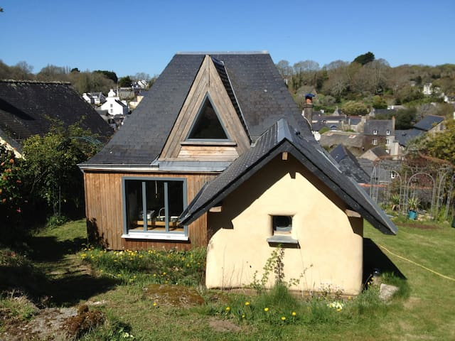 Maison Perchée Vue Magnifique - Pont-Aven - Hus