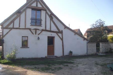 La Grange des Blins: Le Cabouin - Jouy