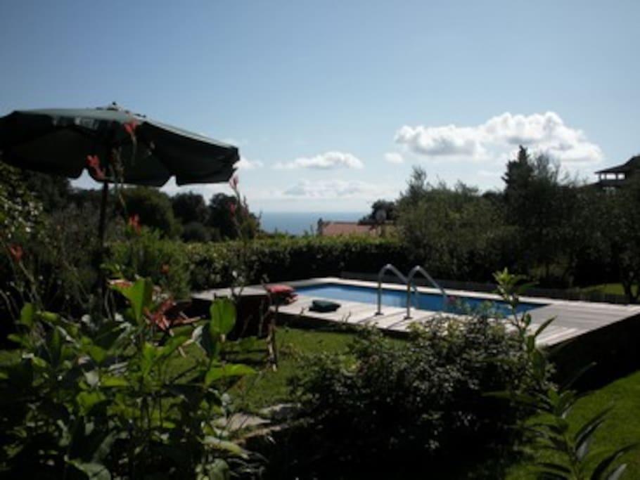Villa con piscina e vista mare ville in affitto a monte - Ville in affitto al mare con piscina ...