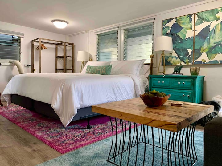 Hale Hula-relax in style, close to shopping & H2O