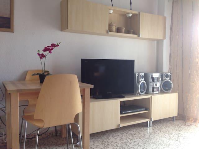 Alquilo estudio en torremolinos appartamenti in affitto - Estudio en torremolinos ...