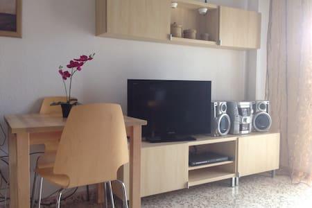 Los mejores 20 apartamentos casas y alquileres vacacionales de torremolinos en airbnb - Estudio en torremolinos ...