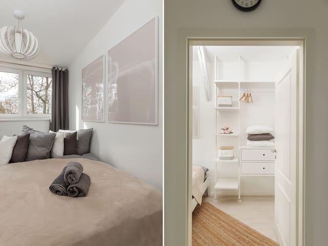 Schlafzimmer mit Doppelbett(160x200cm)
