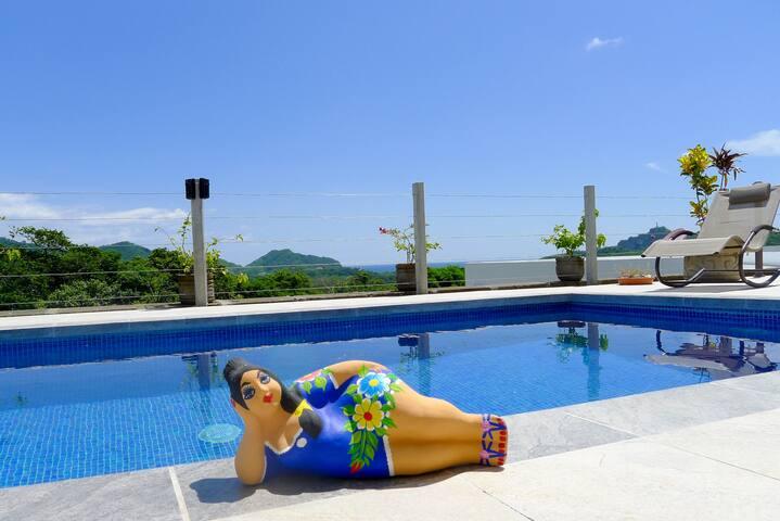 Modern Luxury Living, Pool & Ocean Views