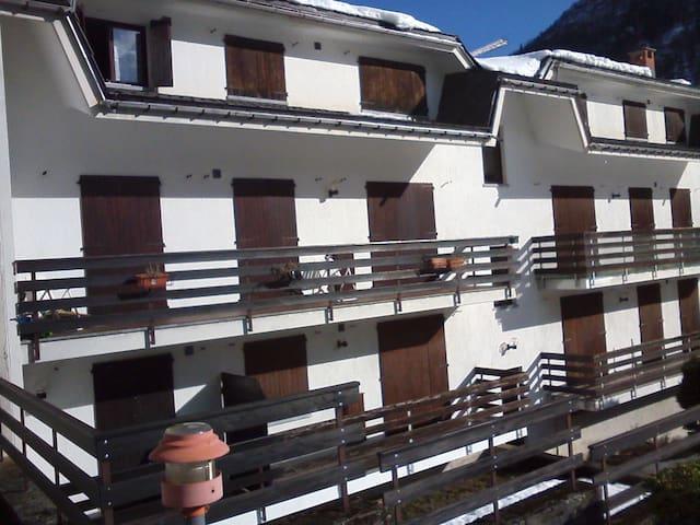 Appartamento 4 posti letto - Groscavallo - Apartment