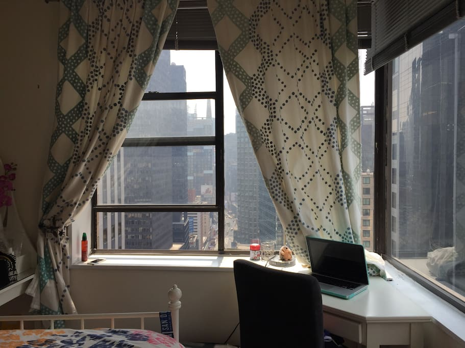 Bedroom views of Times Square